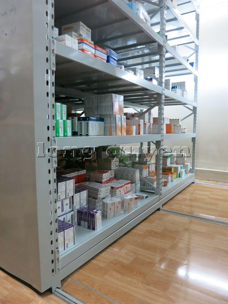 Giá kệ dược phẩm kệ để thuốc Mobile Shelving bệnh viện Hồng Ngọc (8)