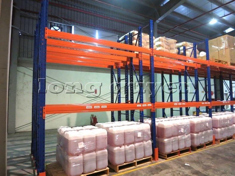 Kệ sắt kệ chứa pallet lưu trữ loại 3 thanh beam một tầng kho hàng công ty ALS (6)